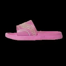 24-es rózsaszín gumipapucs