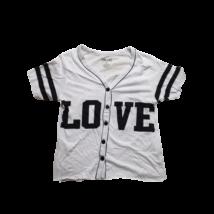 Női S-es fehér feliratos gombos póló