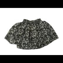 110-es fekete alapon virágos szoknya - Next