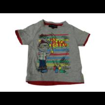 92-es szürke mintás fiú póló - Vögele (kicsit foltos)