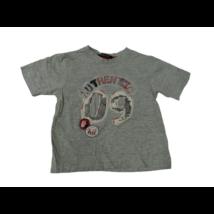 86-92-es szürke feliratos póló - George
