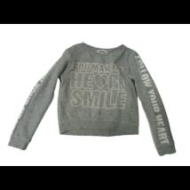 134-140-es szürke feliratos csillogó rövid állású pulóver - H&M