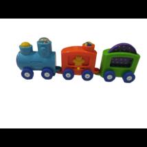 Szines műanyag vonat, mozdonyokkal - Chicco