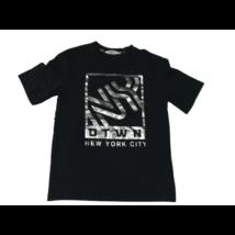 146-152-es fekete feliratos póló - H&M