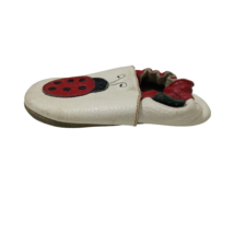 Fehér bőrtalpú katicás bőr cipőcske (kb 24-es)