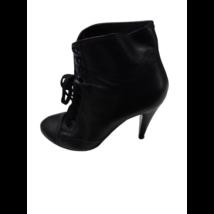 39-es fekete magassarkú fűzős cipő - Davos Gomma