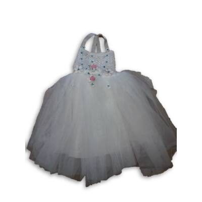 128-as fehér tüllös alkalmi ruha, hercegnő ruha