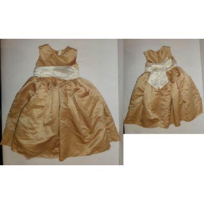 104-es pezsgőszínű alkalmi ruha