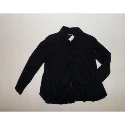 116-os fekete hosszúujjú blúz