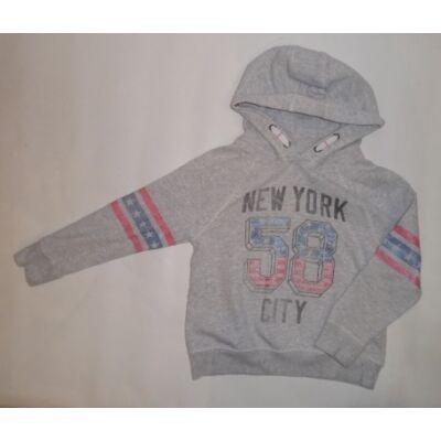 122-es szürke feliratos lány pulóver - Next