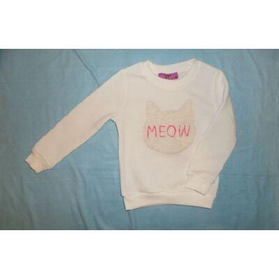 104-es fehér lány pulóver