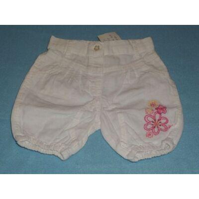 62-es fehér virágos short