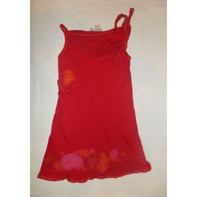 122-128-as piros ruha - Todor