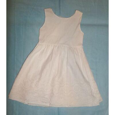 122-es fehér madeirás ruha
