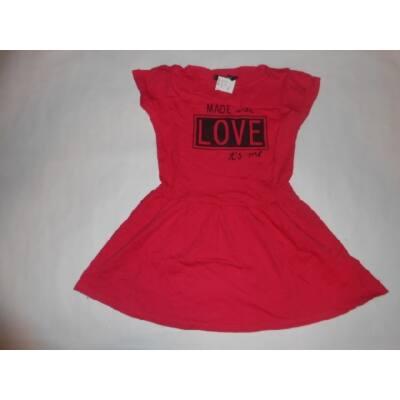 116-os rózsaszín feliratos ruha - In Extenso