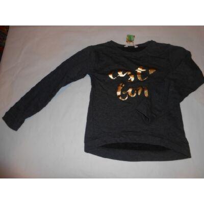 134-140-es szürke feliratos pulóver - H&M