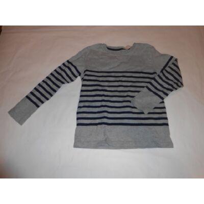 122-128-as szürke csíkos lány kötött pulóver