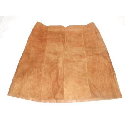 158-164-es barna bőrhatású shortszoknya