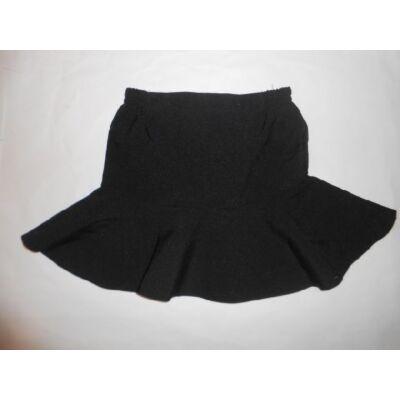110-116-os fekete fodros szoknya