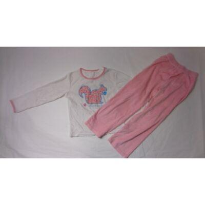 104-es fehér-rózsaszín plüss pizsama