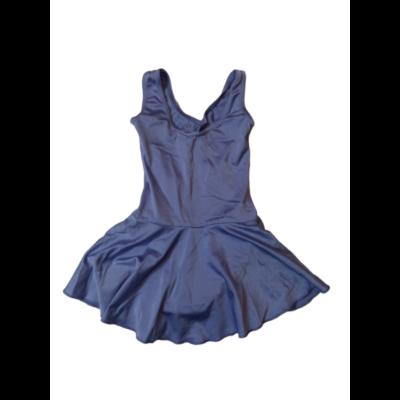 110-es lila szoknyás tornadressz