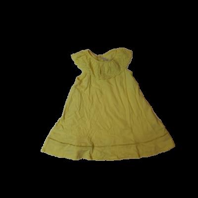 92-es sárga madeirás ruha