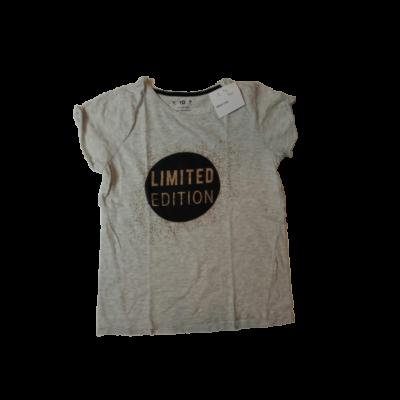 146-os szürke alapon fekete-arany mintájú lány póló - Young Dimension