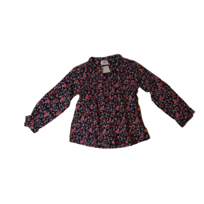 92-es fekete alapon virágos hosszú ujjú blúz - F&F
