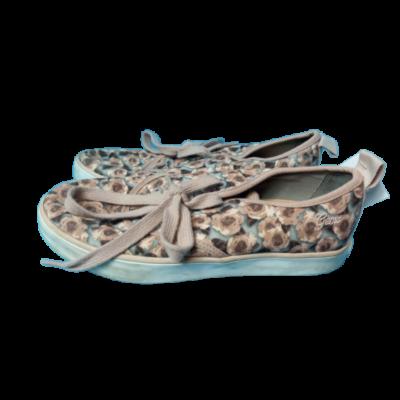 34-es drapp virágos vászoncipő - Geox