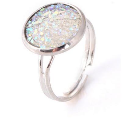 Csillogó gyűrű - fehér, ezüst színű foglalatban - ÚJ