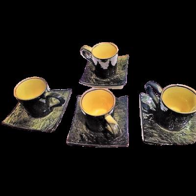8 darabos (4csésze, 4alátét) fekete kávés készlet - ÚJ