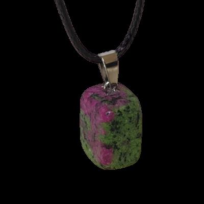 Lila-zöld köves medál, bőr nyakláncon - ÚJ