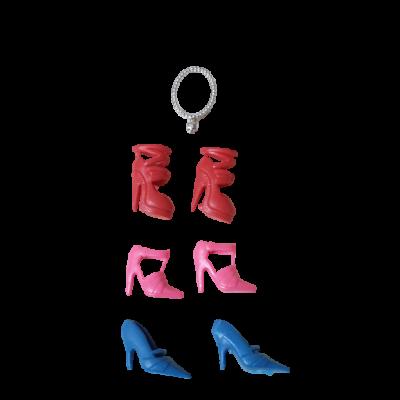 Barbie cipők és egy nyaklánc - ÚJ