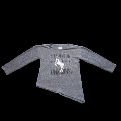 116-os szürke unikornisos pulóver