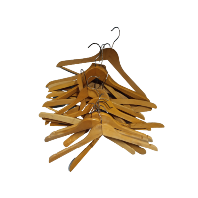 Fa vállfa, felnőtt méret, 17 db egyben