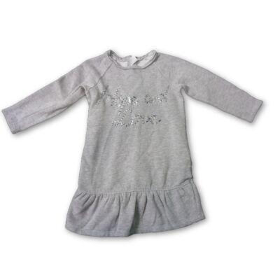 116-os szürke feliratos ruha