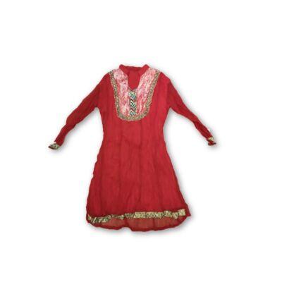 128-134-es piros indiai jelmezruha