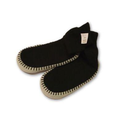 36-os kötött zokni-mamusz