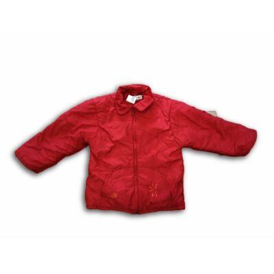 116-os piros téli dzseki lánynak