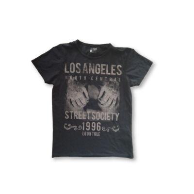 Férfi M-es fekete mintás póló - SMOG