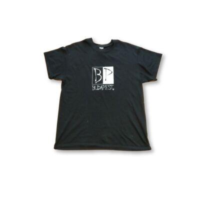 Férfi L-es fekete feliratos póló - Budapest