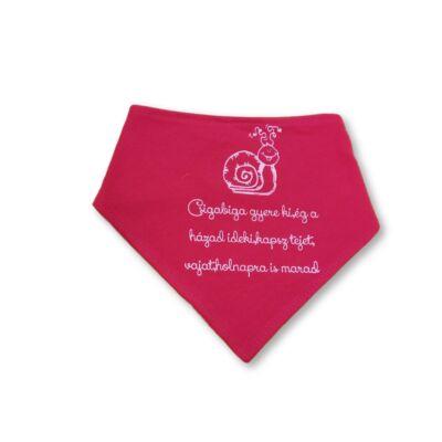 Pink nyálfogó, nyálkendő felirattal - ÚJ