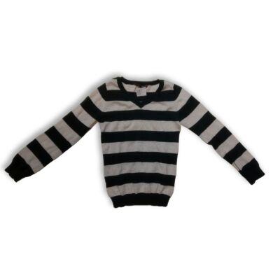 128-as fekete csíkos kötött pulóver - Young Dimension