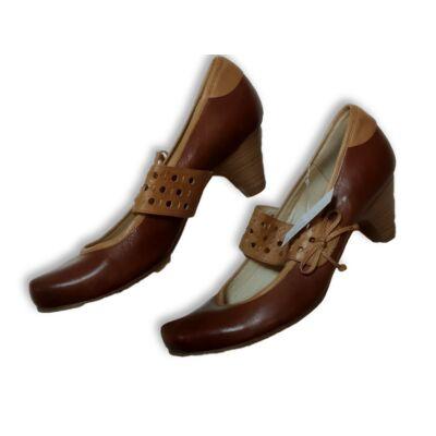 40-es barna pántos bőrcipő - Caprice