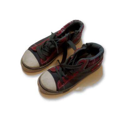 30-as szürke magasszárú cipő - Canguro