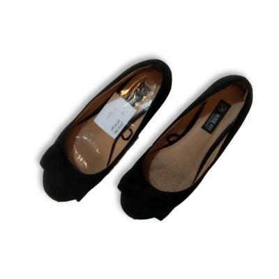 36-os fekete masnis alkalmi cipő