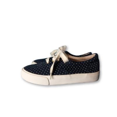 30-31-es kék pöttyös vászoncipő