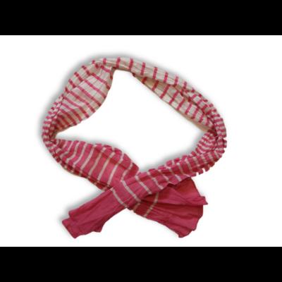 Rózsaszín-fehér csíkos sál