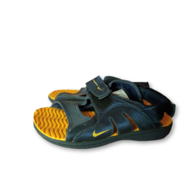32-es kék szandál - Nike