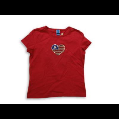 122-128-as piros szivecskés póló